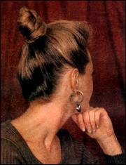 прическа волосы на макушке